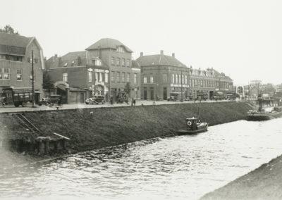 van Tuldenstraat hoek Zuid Willemsvaart 1936 v2